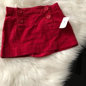 Gap baby toddler skirt with buttons on the front